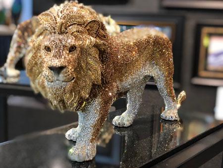 clarita-brinkerhoff-swarovsky-lion