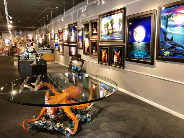 Wyland Gallery Key West - Art, Paintings, Sculptures