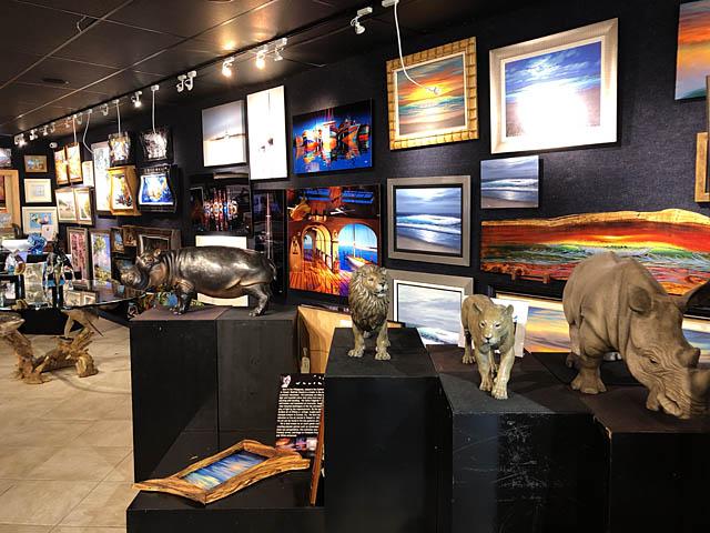 Wyland Gallery Sarasota - Art Gallery on Lido Key - Wyland African Endangered Wildlife Series