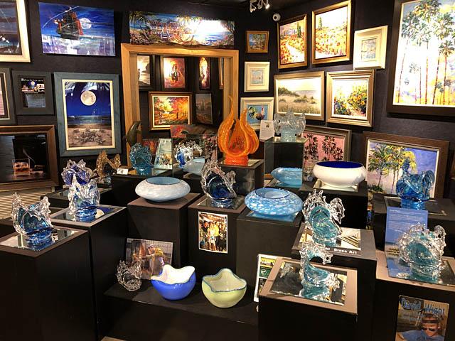 Wyland Gallery Sarasota - Art Gallery on Lido Key - David Wight Glass Art