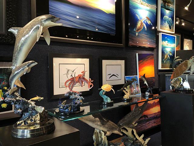 Wyland Gallery Sarasota - Art Gallery on Lido Key - Wyland Bronze Sculptures